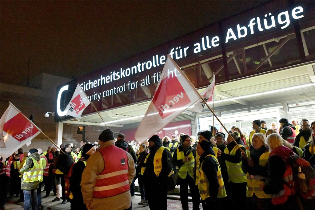 streik düsseldorf flughafen