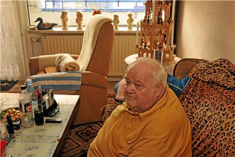 kranker mann sitzt vier wochen in wohnung ohne heizung. Black Bedroom Furniture Sets. Home Design Ideas