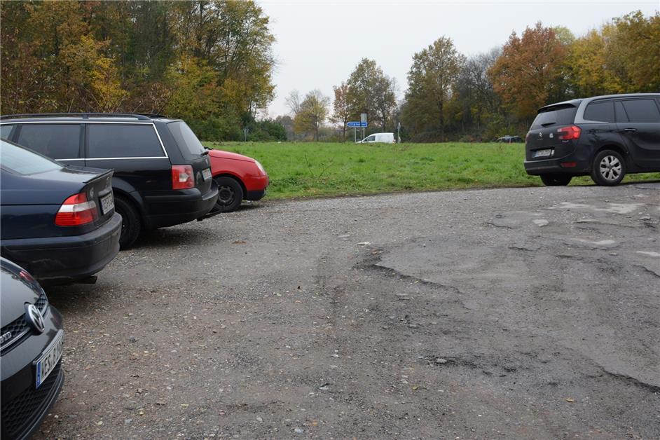 Einziger Pendler-Parkplatz an A31 in Dorsten in schlechtem Zustand - darum bleibt das so - Halterner Zeitung