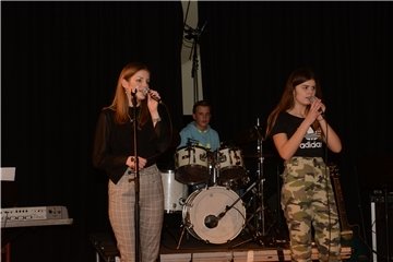 Rock und Pop bei der School's Groove Night im Trigon