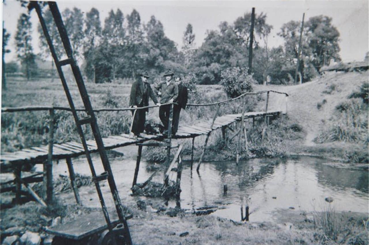 Ein Hochwasser riss vor über 70 Jahren die Brücke über den